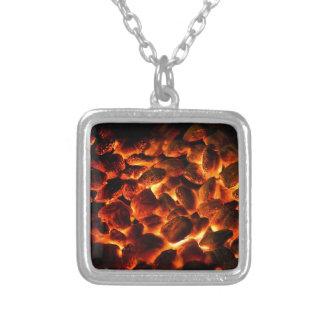 Roodgloeiende Brandende Steenkolen Zilver Vergulden Ketting