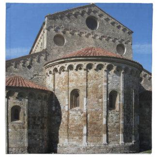 Rooms-katholieke basiliekkerk San Pietro Apostolo Katoenen Servet