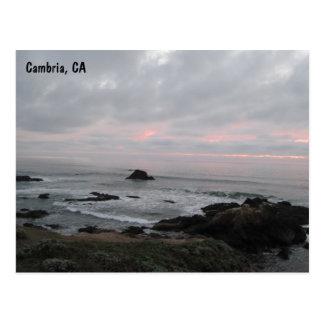 Rotsachtige Cambria, Californië, Kustlijn bij Briefkaart
