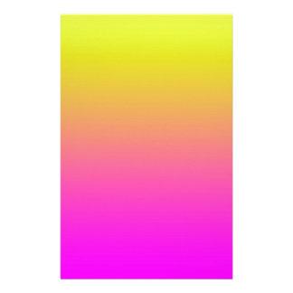 Roze aan de Gele Zon van het Strand van de Zonsond Aangepast Briefpapier