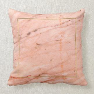 Roze-gouden marmeren textuur kussen
