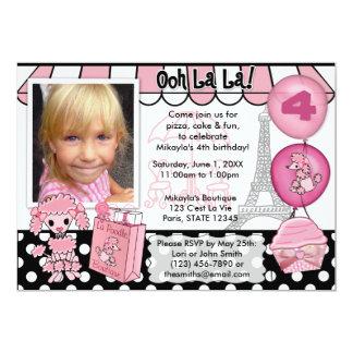 Roze Poedel in de Uitnodiging van de Verjaardag