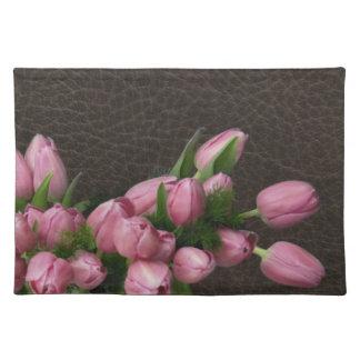 Roze Tulpen op Elegant van het Leer Amerikaans Pla Placemat