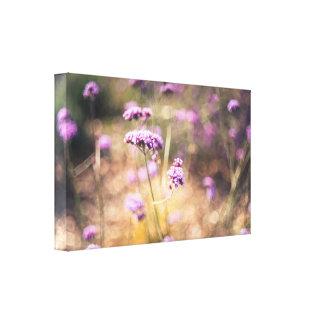 Roze wilde bloemen canvas afdrukken