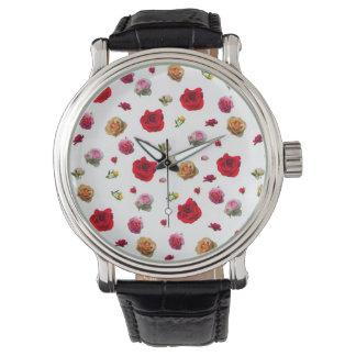 rozen collage op witte achtergrond horloges