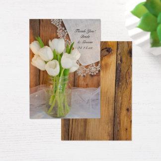 Rustieke Witte Tulpen in het Label van de Gunst Visitekaartjes