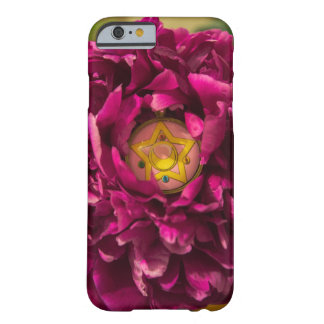 Sailormoon broch in bloem barely there iPhone 6 hoesje