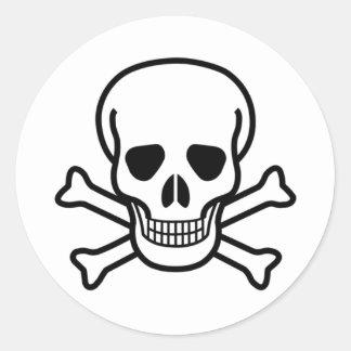 schedel en gekruiste knekels ronde sticker