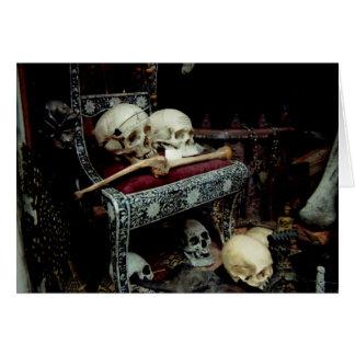 Schedels en Bot op Troon Wenskaart