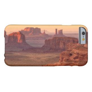 Schilderachtig de vallei van het monument, Arizona Barely There iPhone 6 Hoesje