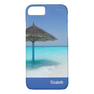 Schilderachtig Tropisch Strand met Met stro iPhone 8/7 Hoesje