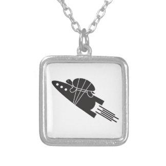 schildpad die een raket berijden 🐢🚀 zilver vergulden ketting