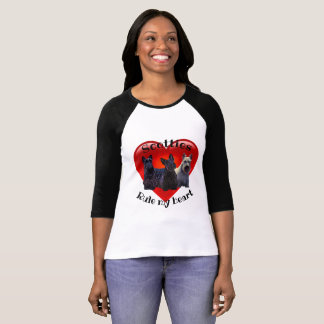 Schots zwart/wheaten Terrier, Regel, rood hart T Shirt