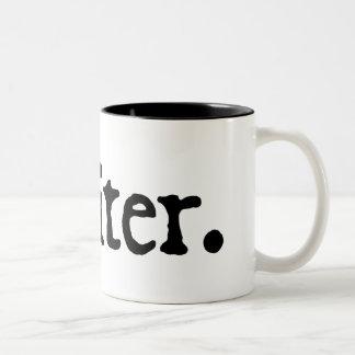 Schrijver (zwarte die van letters voorzien) tweekleurige koffiemok