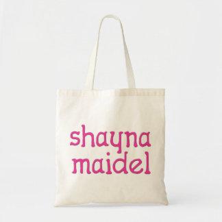 Shayna Maidel Draagtas