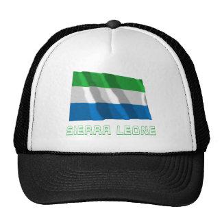 Sierra Leone die Vlag met Naam golven Trucker Petten