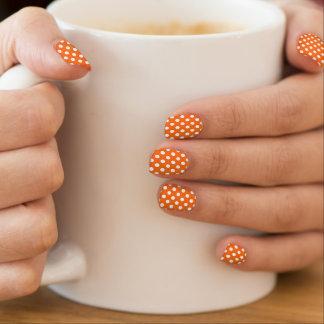 Sinaasappel met Witte Minx Polkadot Spijkers Minx Nail Art