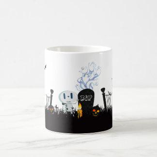 Skelet & de Spoken van het Kerkhof van Halloween Koffiemok