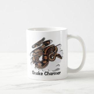 Slangenbezweerder Koffiemok