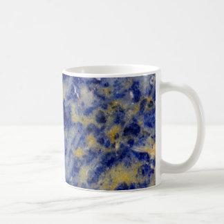 Sluit omhoog van een Blauwe Sodalite Koffiemok