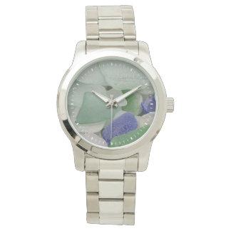 Sluit omhoog van strandglas, Alaska Horloge