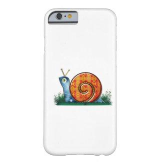 Sluwe Slak in het Gras van de Tuin Barely There iPhone 6 Hoesje