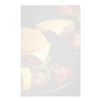 Smakelijke Burgers en kebabs voor voedselminnaars Briefpapier