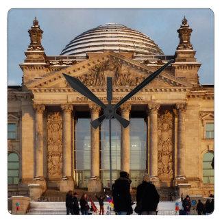 Sneeuw Reichstag_001.3.3 (Reichstag im Schnee) Vierkante Klok