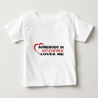 Somebody in Kitchener houdt van me Baby T Shirts