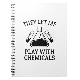Spel met Chemische producten Notitieboek