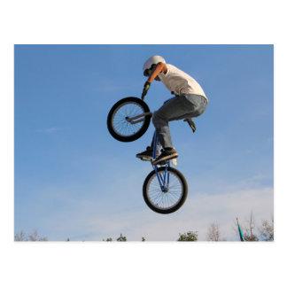 Sprong BMX in de lucht Briefkaart