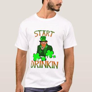 St. de Drinke T-shirt van het pasteitje