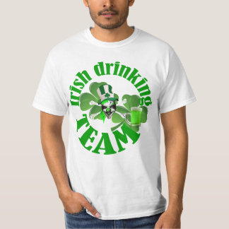 St Patrick dag die team drink T Shirt