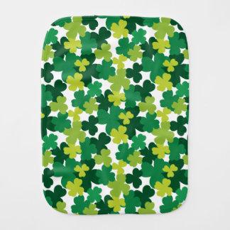 St. Patrick het Patroon van de Klaver van het Baby Spuugdoekje