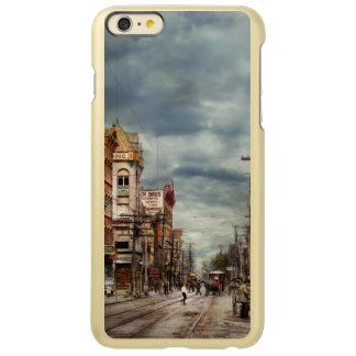 Stad - NY - de continu veranderende marktplaats Incipio Feather® Shine iPhone 6 Plus Hoesje