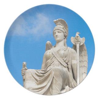 Standbeeld van een koningin borden