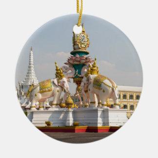 Standbeeld van roze olifanten Bangkok Thailand Rond Keramisch Ornament
