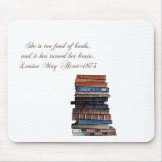 Stapel van oud boek-met Citaat Muismatten