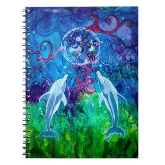 Starende blik 6.5 x 8.75 van de dolfijn ringband notitieboek