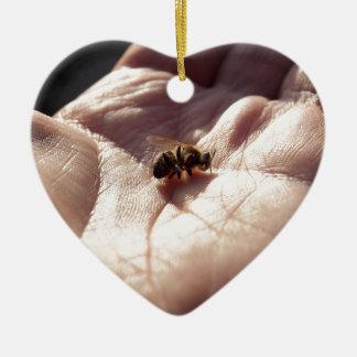 Stervende bijen keramisch hart ornament