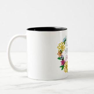 steun uw lokale meisjestroep! tweekleurige koffiemok