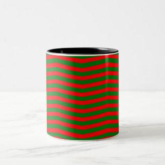 Strepen van de Zigzag van de Chevron van Kerstmis Tweekleurige Koffiemok