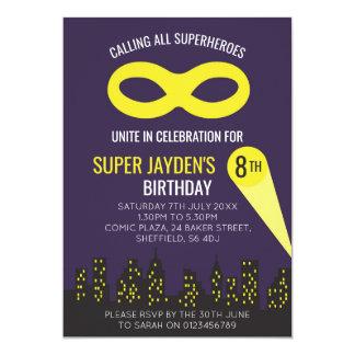 Superhero themed de uitnodiging van de