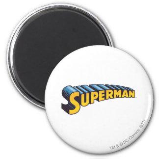 Superman   het Klassieke Logo van de Naam Ronde Magneet 5,7 Cm