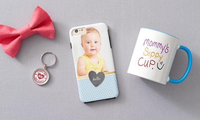 Blader door onze enorme selectie cadeaus voor mama's en oma's  zoals foto hoesjes voor je iPhone, iPad of Samsung telefoon.