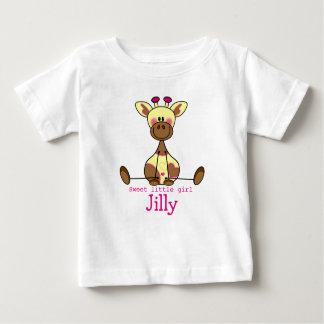 T-shirt met eigen naam en illustratie lief girafje