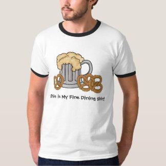 T-shirt van het bier en de Fijne het Dineren van