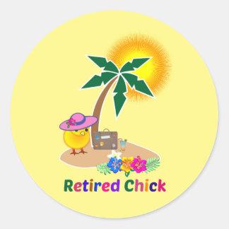 Teruggetrokken Kuiken op Vakantie Ronde Sticker