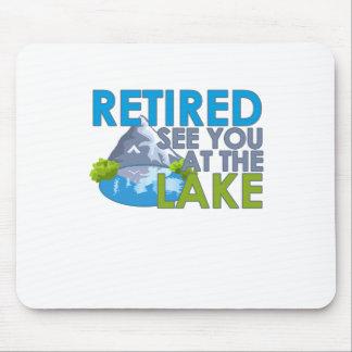 Teruggetrokken zie u bij de meer GRAPPIGE T-shirt Muismat