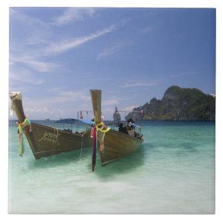 Thailand, Phi Phi trekt Eiland, het strand van Yon Tegeltje